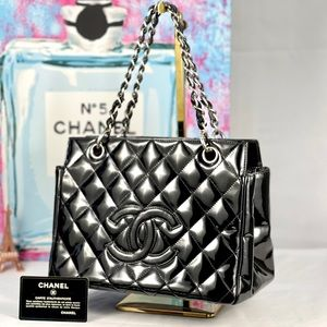 🎉HP🎉✨AUTHENTIC✨ Chanel Tote